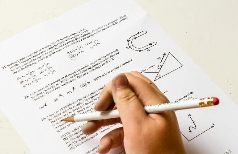 Esercizi di fisica e meccanica